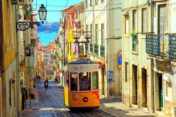 Votre EVG à Lisbonne - rue piétonnes