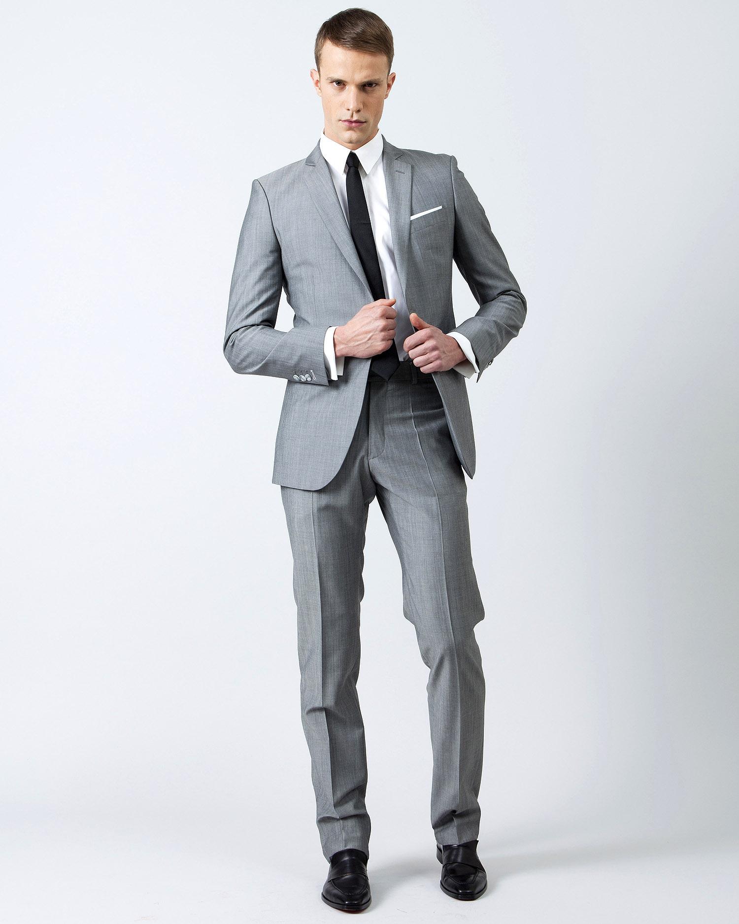costume de mariage 5 styles d cal sles t le blog de r f rence des t moins de mariage. Black Bedroom Furniture Sets. Home Design Ideas