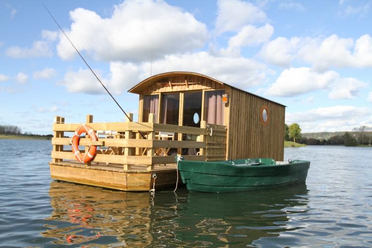 cabane sur l'eau evjf